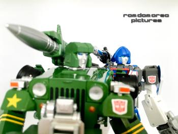 [Ocular Max] Produit Tiers - PS-01 Sphinx (aka Mirage G1) + PS-02 Liger (aka Mirage Diaclone) - Page 3 L4ZD13vx