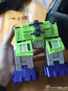 [Toyworld] Produit Tiers - Jouet TW-C Constructor aka Devastator/Dévastateur (Version vert G1 et jaune G2) - Page 7 Q4f1U5DP