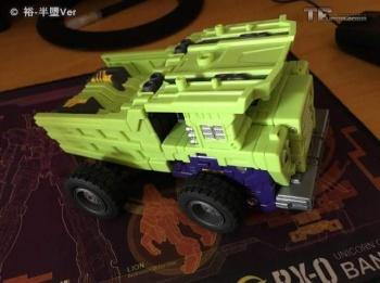 [Toyworld] Produit Tiers - Jouet TW-C Constructor aka Devastator/Dévastateur (Version vert G1 et jaune G2) - Page 6 VuSKgC4l