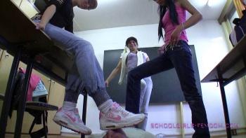 schoolgirl dommes