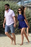 Nina Dobrev with her boyfriend Austin Stowell in Saint-Tropez (July 24) WCrUJxae