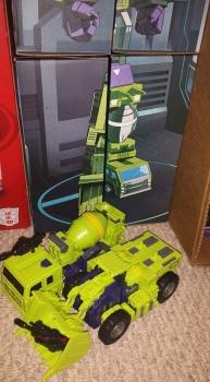 [Toyworld] Produit Tiers - Jouet TW-C Constructor aka Devastator/Dévastateur (Version vert G1 et jaune G2) - Page 5 BQyB7znm