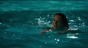 Alicia Endemann, Valérie Karsenti @ Ma Famille t'adore déjà (FR 2016) [HD 1080p]  JWKvO179