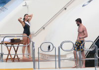 Nina Dobrev and Asustin Stowell enjoy the ocean off the cost the French Riviera (July 26) KGokViII