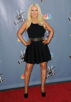 [Fotos+Videos] Christina Aguilera en la Premier de la 4ta Temporada de The Voice 2013 - Página 4 AcsNDRvq