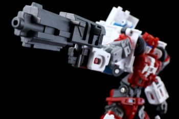 [MakeToys] Produit Tiers - Jouet MTCM-04 Guardia (aka Protectobots - Defensor/Defenso) - Page 3 Ryrm3s7m