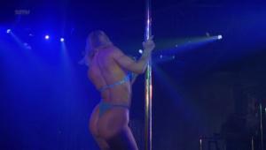 Demi Moore, Rena Riffel, Pandora Peaks &more @ Striptease (US 1996) [HD 1080p]  XmqtuH0E