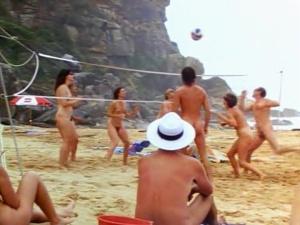 Rebecca Cross, Amanda Newman-Phillips @ Wet and Wild Summer (AU 1992)  2AOQNZ3s