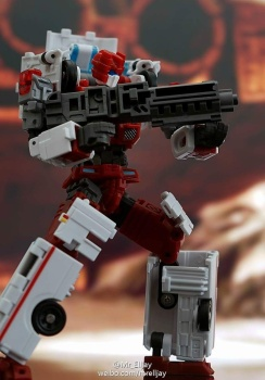 [MakeToys] Produit Tiers - Jouet MTCM-04 Guardia (aka Protectobots - Defensor/Defenso) - Page 3 S8sUbc2K