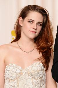 Kristen Stewart - Imagenes/Videos de Paparazzi / Estudio/ Eventos etc. - Página 31 AciGd1bZ