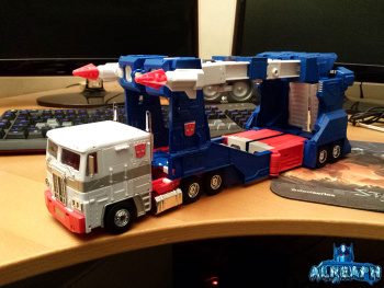 [Masterpiece] MP-22 Ultra Magnus/Ultramag - Page 4 Edoc7tXV