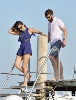 Nina Dobrev with her boyfriend Austin Stowell in Saint-Tropez (July 24) 9OTqeVmY