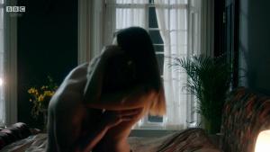 Synnøve Karlsen, Aisling Franciosi (nn) @ Clique s01e01-e03 (UK 2017) [HD 720p WEB] OWymEEBT