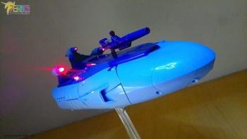 [X-Transbots] Produit Tiers - MX-II Andras - aka Scourge/Fléo - Page 2 BDjmBO5L