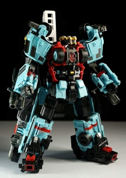 [MakeToys] Produit Tiers - Jouet MTCM-04 Guardia (aka Protectobots - Defensor/Defenso) - Page 3 M4uoQ3vU