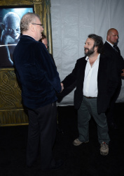 Peter Jackson - 'The Hobbit An Unexpected Journey' New York Premiere benefiting AFI at Ziegfeld Theater in New York - December 6, 2012 - 18xHQ 8HrdQtue