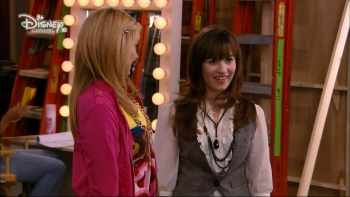 sonny with a chance of dating hd Sonny with a chance - season 1 episode 9:sonny with a chance of dating online without ads list of actor: demi lovato, tiffany thornton, sterling knight.