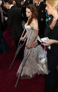 Kristen Stewart - Imagenes/Videos de Paparazzi / Estudio/ Eventos etc. - Página 31 AcfDE7GW