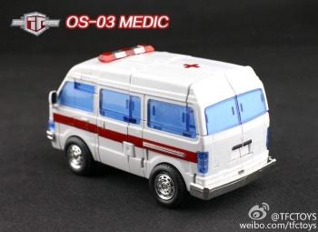 [TFC Toys] Produit Tiers - OS-01 Ironwill (aka Ironhide/Rhino) & OS-03 Medic (aka Ratchet/Mécano) Azxbc9SS