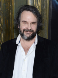 Peter Jackson - 'The Hobbit An Unexpected Journey' New York Premiere benefiting AFI at Ziegfeld Theater in New York - December 6, 2012 - 18xHQ 6t05kQaf