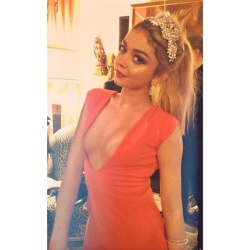 Sarah Hyland - celebrating her 24th birthday in Los Angeles 11/22/14