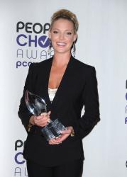 Katherine Heigl - 35th Annual People's Choice Awards, 7 января 2009 (58хHQ) Toj3omcx