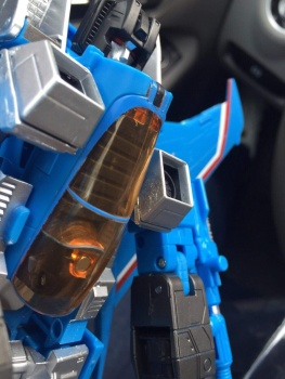 [Masterpiece] MP-11T Thundercracker/Coup de tonnerre (Takara Tomy et Hasbro) - Page 2 1yyZKN5d