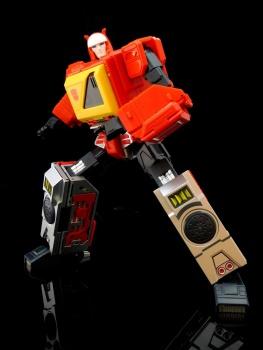 [KFC Toys] Produit Tiers - Jouet Transistor (aka Blaster/Tempo) + DoubleDeck (Twincast) + Fader (aka Eject/Éjecteur) + Rover (aka Autoscout) - Page 2 CIgYw6cx