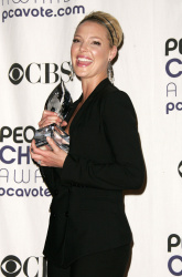 Katherine Heigl - 35th Annual People's Choice Awards, 7 января 2009 (58хHQ) BnJ0SOJj
