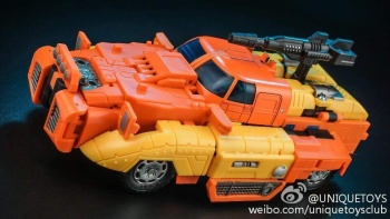 [Unique Toys] Produit Tiers - Jouet Y-03 Sworder - aka Sandstorm/Siroco NxbYwqvs