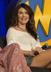 Jewel Staite - Wizard World Chicago 2017 @ Donald E. Stephens Convention Center in Rosemont - 08/26/17