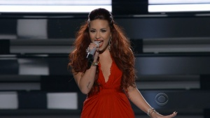 Demi Lovato - Give Your Heart A Break People's Choice Awards 2012 1080i TrollHD