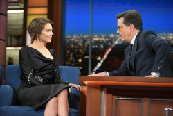 Lauren Cohan - The Late Show with Stephen Colbert: November 30th 2016