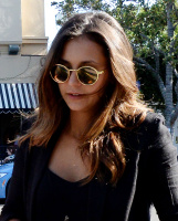 Nina Dobrev with Hilary at Alfred Coffee & Kitchen in West Hollywood (July 29) JizdE3o9