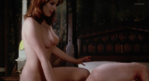 Marianne Morris, Anulka Dziubinska,  Sally Faulkner @ Vampyres (ES/UK 1974) [HD 1080p]  8s0bxtBY