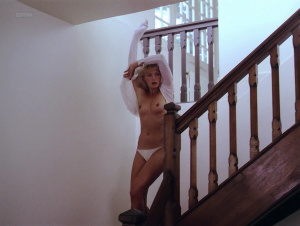 Arielle Dombasle, Rosette @ Pauline à la Plage (FR 1983) [HD 1080p] LlsNsBXA