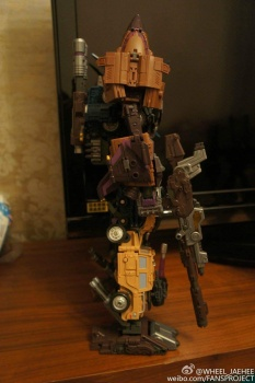 [Warbotron] Produit Tiers - Jouet WB01 aka Bruticus - Page 5 UurBCh6x