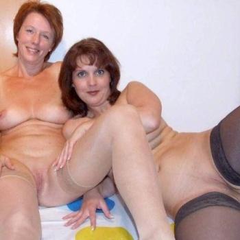 фото домашнее голых мамочек