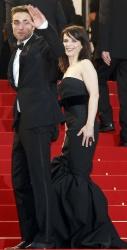 Жюльет Бинош, фото 70. Juliette Binoche - attends the 'Cosmopolis' Premiere during the 65th Annual Cannes Film Festival - May 25, 2012, foto 70