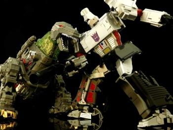 [GCreation] Produit Tiers - Jouet ShuraKing - aka Combiner Dinobots - Page 3 FKFVFBYP