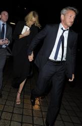 Sean Penn - Charlize Theron and Sean Penn - seen leaving Royal Festival Hall. London - February 16, 2015 (153xHQ) EOtubOBj