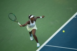 Sloane Stephens - 2015 US Open Day One: 1st Round vs. Coco Vandeweghe @ BJK National Tennis Center in Flushing Meadows - 08/31/15