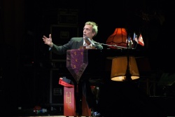 Hugh Laurie performing at the Grand Rex in Paris 09072013 x 27