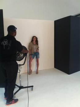 Ashley Greene - Imagenes/Videos de Paparazzi / Estudio/ Eventos etc. - Página 24 AdpWaAcH