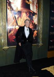Ian McKellen - 'The Hobbit An Unexpected Journey' New York Premiere benefiting AFI at Ziegfeld Theater in New York - December 6, 2012 - 28xHQ DSdEU4eu