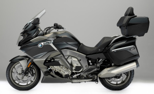 2017 BMW K1600GTL unveiled at EICMA