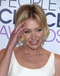 Portia de Rossi - 2016 People's Choice Awards @ Microsoft Theater in Los Angeles - 01/06/16