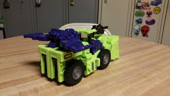 [Toyworld] Produit Tiers - Jouet TW-C Constructor aka Devastator/Dévastateur (Version vert G1 et jaune G2) - Page 5 Hj2a3adl