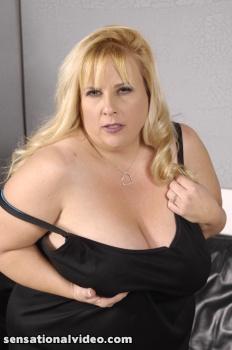 Cassie Blanca 1594bgb