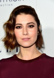 Mary Elizabeth Winstead - 22nd Annual ELLE Women in Hollywood Awards @ Four Seasons Hotel Los Angeles in Beverly Hills - 10/19/15